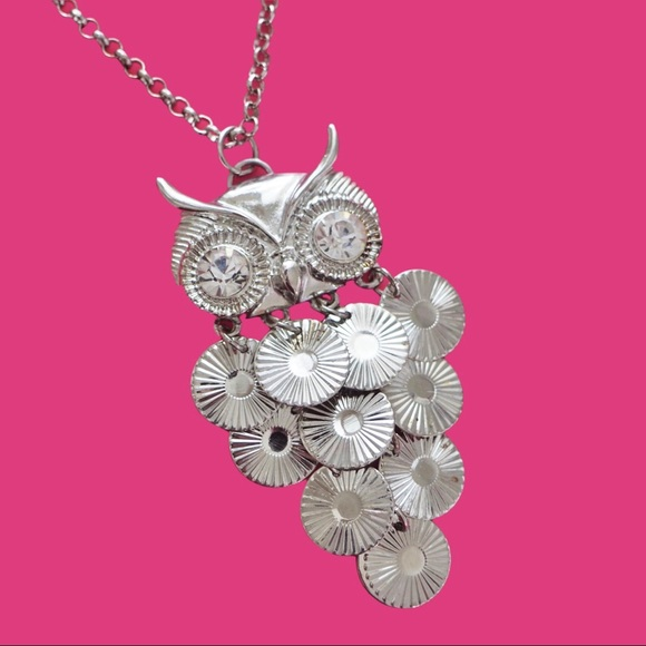 H&M Silver Medallion Owl Necklace